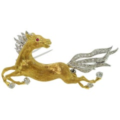 Vintage Galloping Equestrian Horse Brooch Pin 18 Karat Gold Estate Fine Jewelry