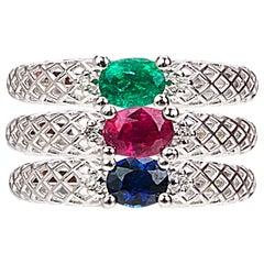 Yemyungji Emerald Ruby Sapphire Oval Cut Solitaire Layering Ring Set