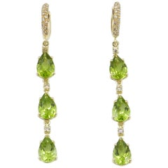 18 Karat Long Yellow Gold Peridot and Brown Diamonds Garavelli Earrings