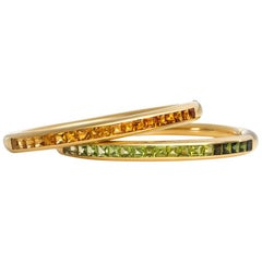 Bulgari 1970s Pair of Gold and Citrine and Gold and Peridot Bangle Bracelets