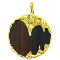 Wood Yellow Gold Pendant French