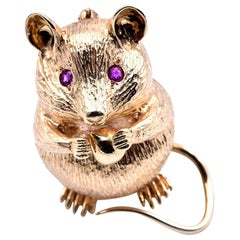 14 Karat Yellow Gold 3-Dimensional Mouse with Morsel Pin