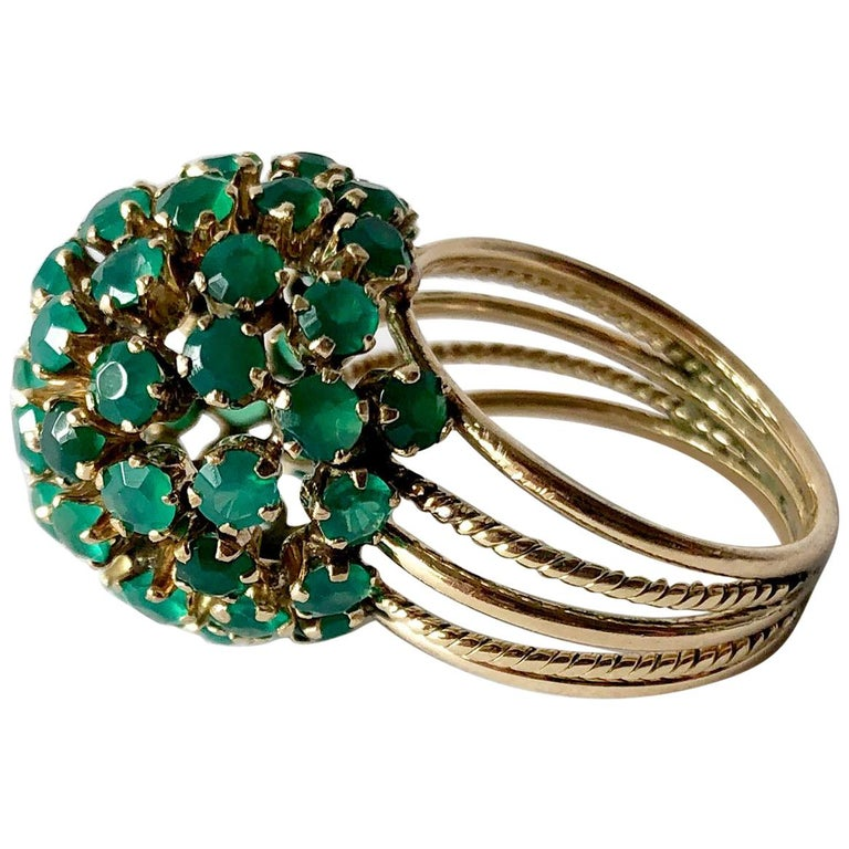 1960s Emerald Gold Starburst Ball Cocktail Ring For Sale