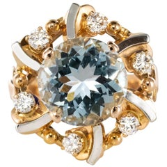 French 1960s 3.25 Carat Aquamarine 18 Karat Rose Gold Ring