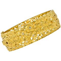 Milor 18 Karat Gold Hinged Bangle Bracelet