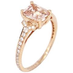 14 Karat Rose Gold 1.24 Carat Morganite and Diamonds Solitaire Ring