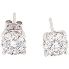 18 Karat White Gold 0.75 Carat Flower Cluster Diamond Stud Earrings