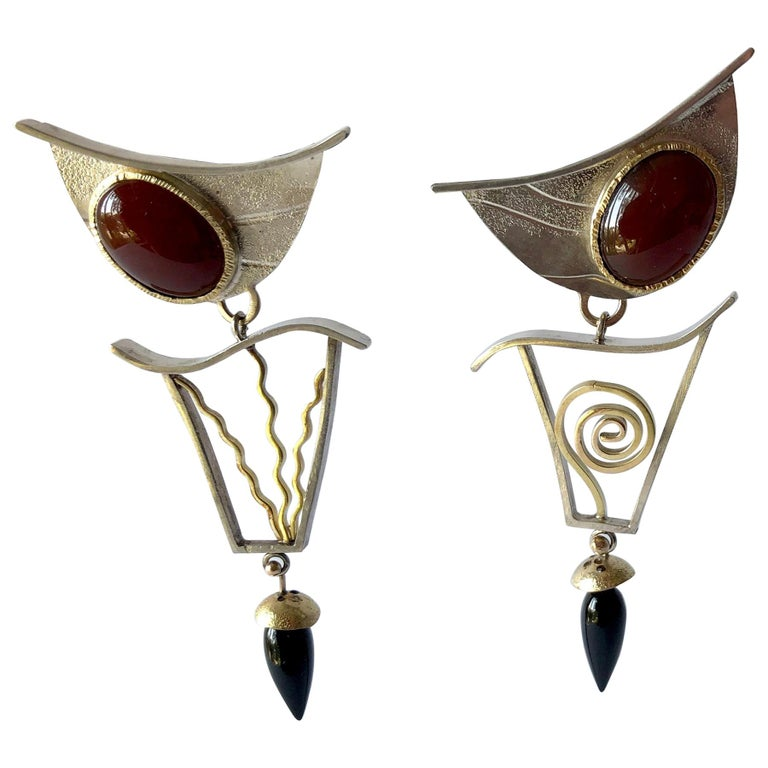 Enid Kaplan Sterling Silver Gold Carnelian Onyx Postmodernist Synergy Earrings For Sale