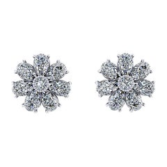 1.65 Carat Pear Shape Diamond Flower Earring Studs in Platinum 950