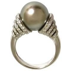 Cultured Pearl Tahiti and Diamonds White Gold Ring