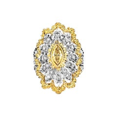 Estate 18 Karat White and Yellow Gold 1.5 Carat Diamond Ring 7.5 Grams