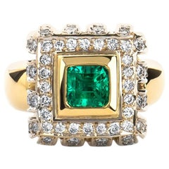 Estate 18K Yellow Gold 3.00 CTW Colombian Emerald & Diamond Cocktail Ring 15 Gra