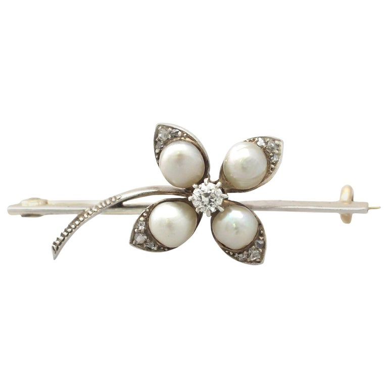 Antique Victorian Diamond and Pearl Yellow Gold Clover Brooch For Sale