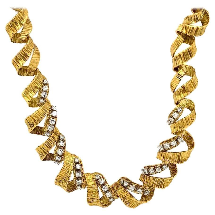 Twisted 18 Karat Yellow Gold Diamond Necklace