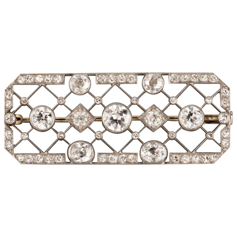 4.40 Carat French Art Deco Diamond Brooch For Sale