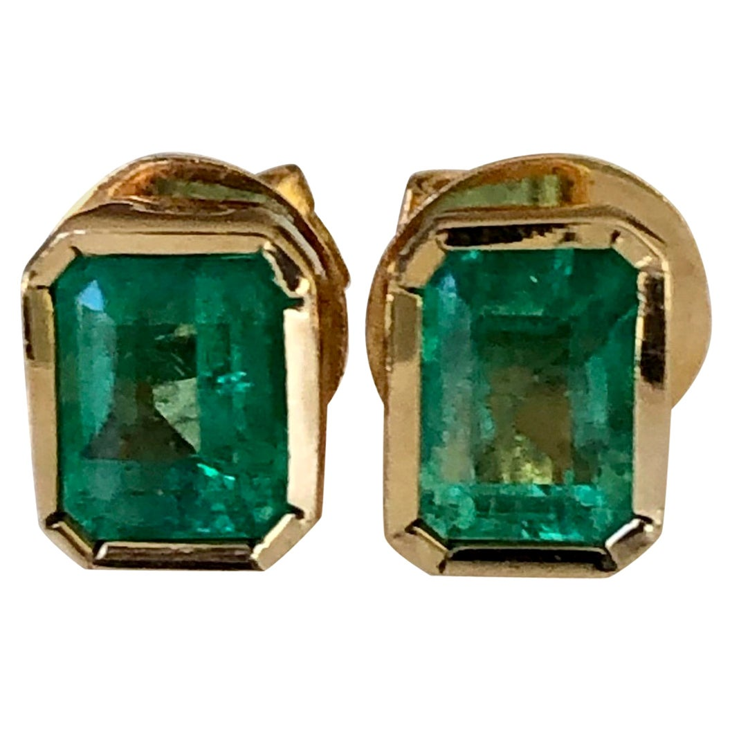 1.28 Carat Natural Colombian Emerald Stud Earrings 18 Karat