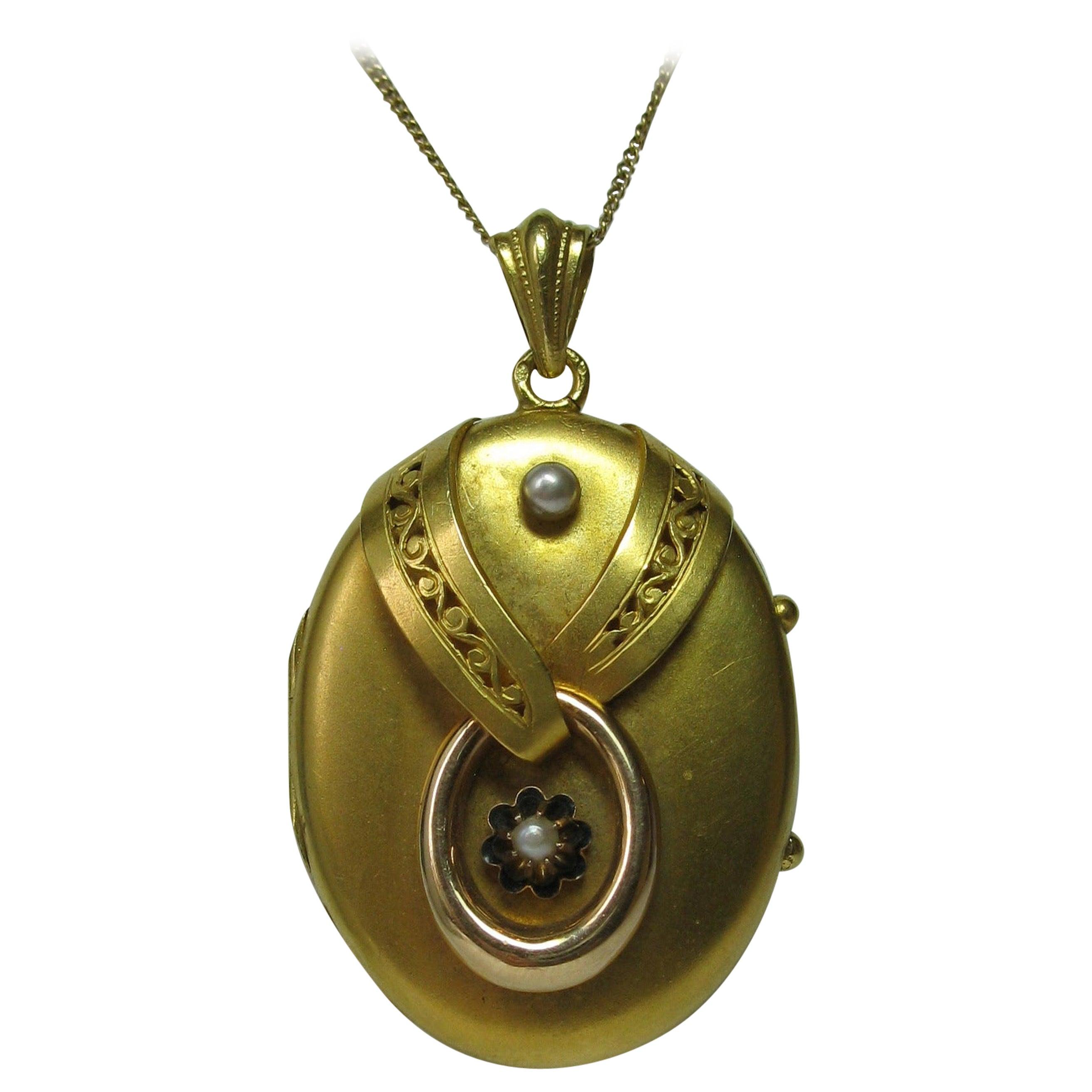 Antique Victorian Gold Locket 16 Karat Etruscan Pearl, circa 1860