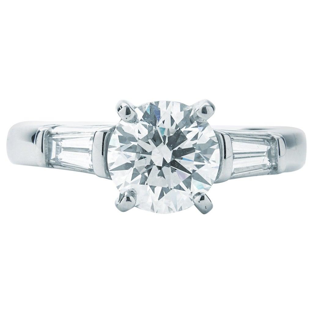 Tiffany & Co. Engagement Ring 1.39 Carat Round Center G VVS2