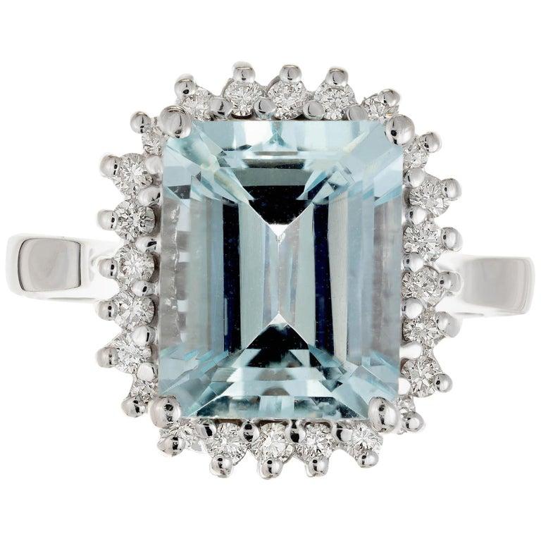 3.00 Carat Natural Aqua Diamond Halo Gold Cocktail Ring For Sale