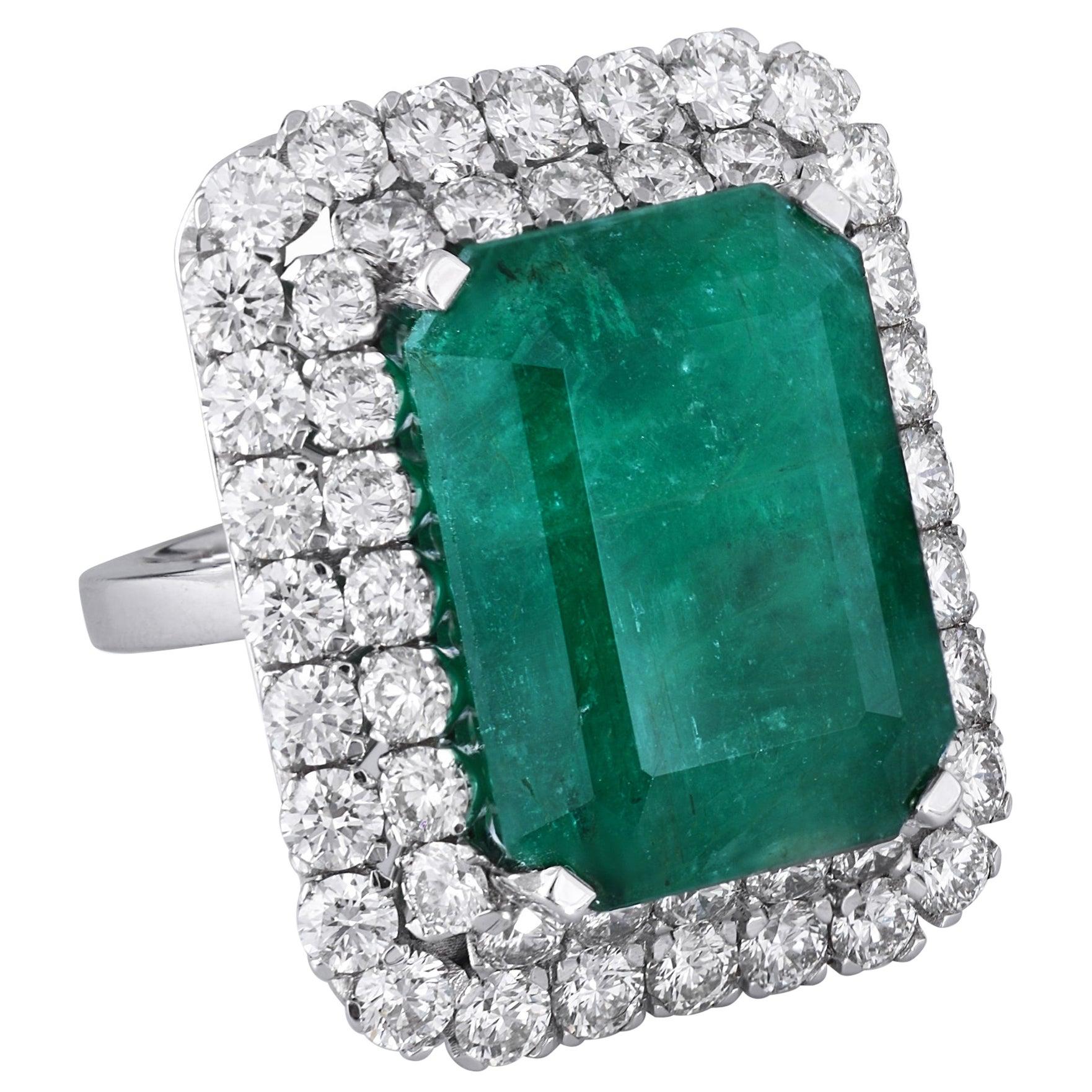 Zambian Emerald 18k White Gold White Diamond Cocktail Ring