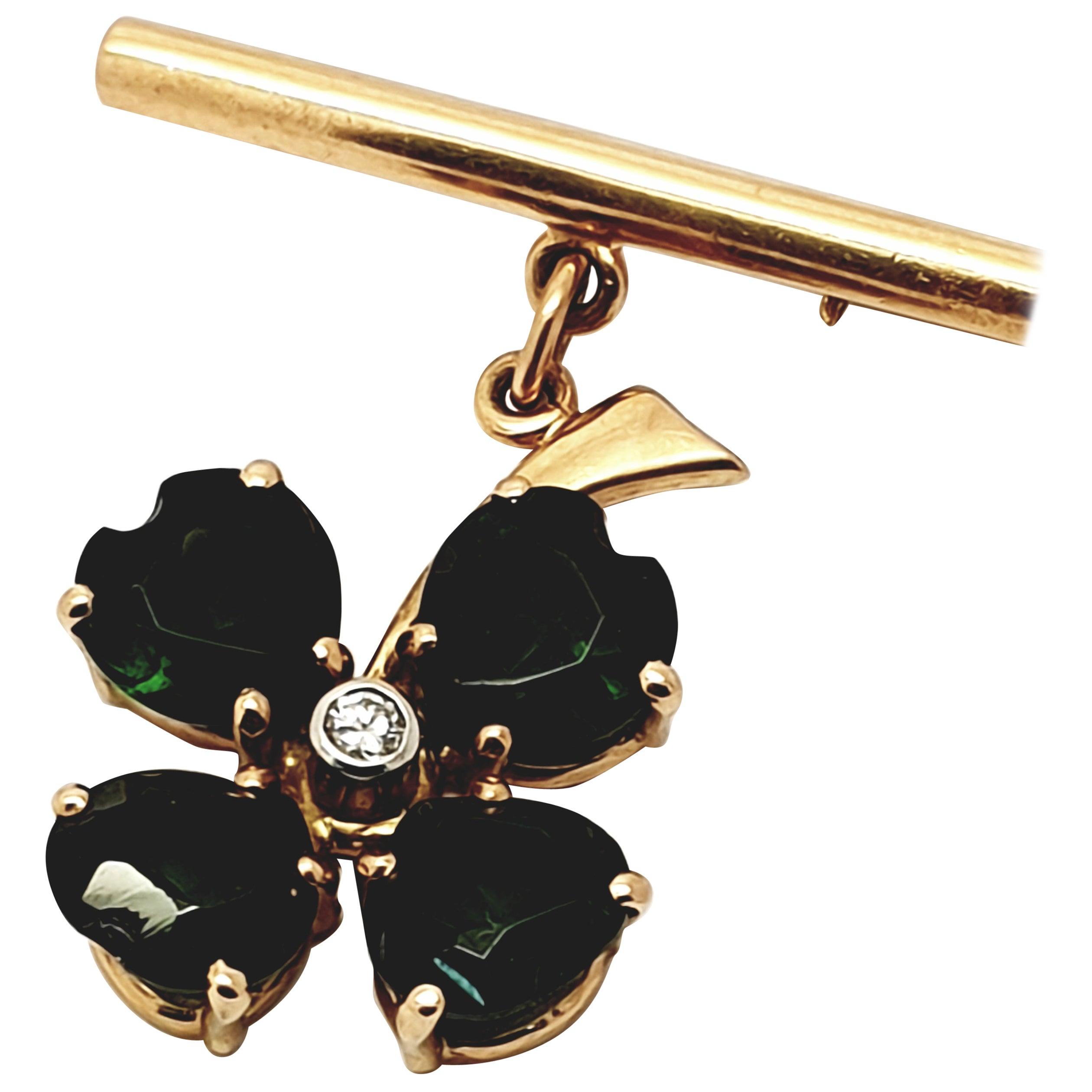 1940s Green Tourmaline Diamond Clover 14 Karat Gold Brooch