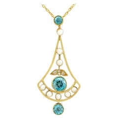 Antique 1.90 Carat Zircon and Diamond Pearl and Yellow Gold Necklace