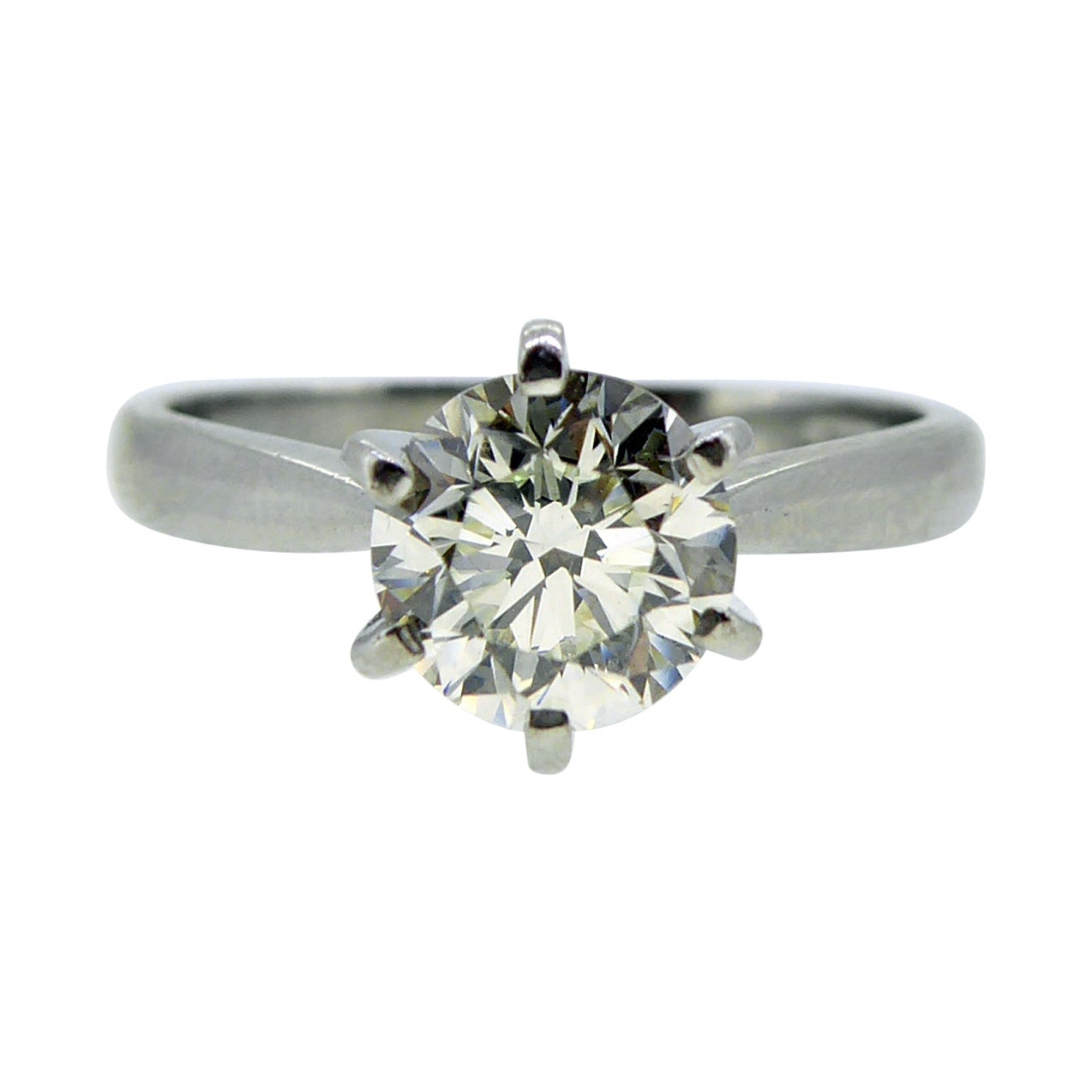 Certified 1.0 Carat Diamond Engagement Ring, Solitaire Setting, Platinum
