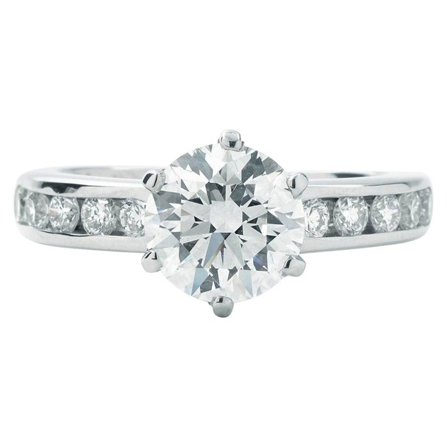 Tiffany & Co. Round 1.37 Carat Center Engagement Ring GVS1