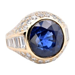 18 Karat Yellow Gold Sapphire and Diamond Ring