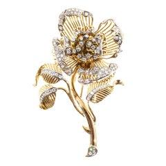 2.20 Carat En Tremblant Diamond Two-Tone Gold Flower Brooch
