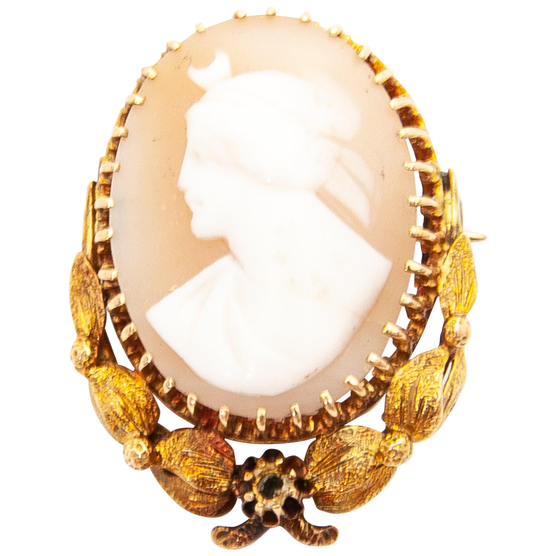 14 Karat Yellow Gold Shell Cameo Pendant Brooch