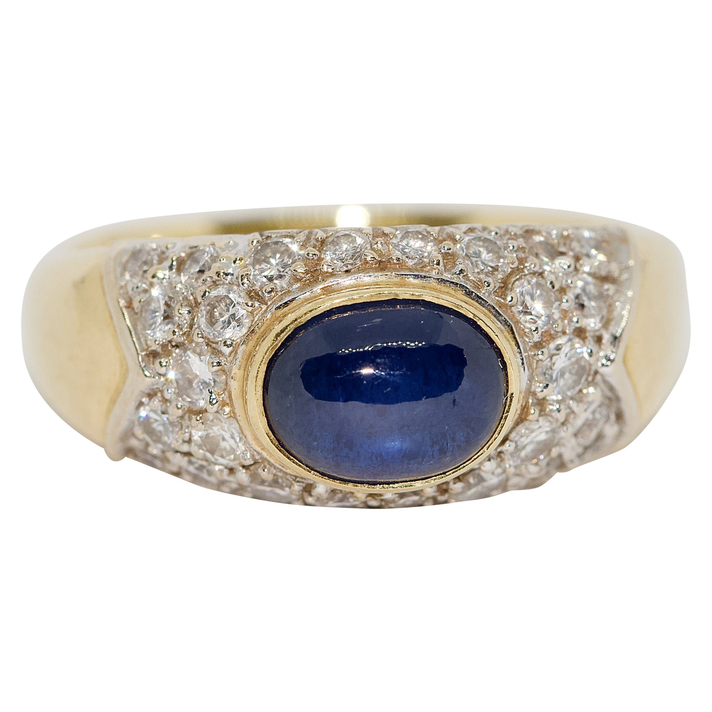 Ladies Ring, 18 Karat Gold with 1.64 Carat Blue Sapphire and Diamonds