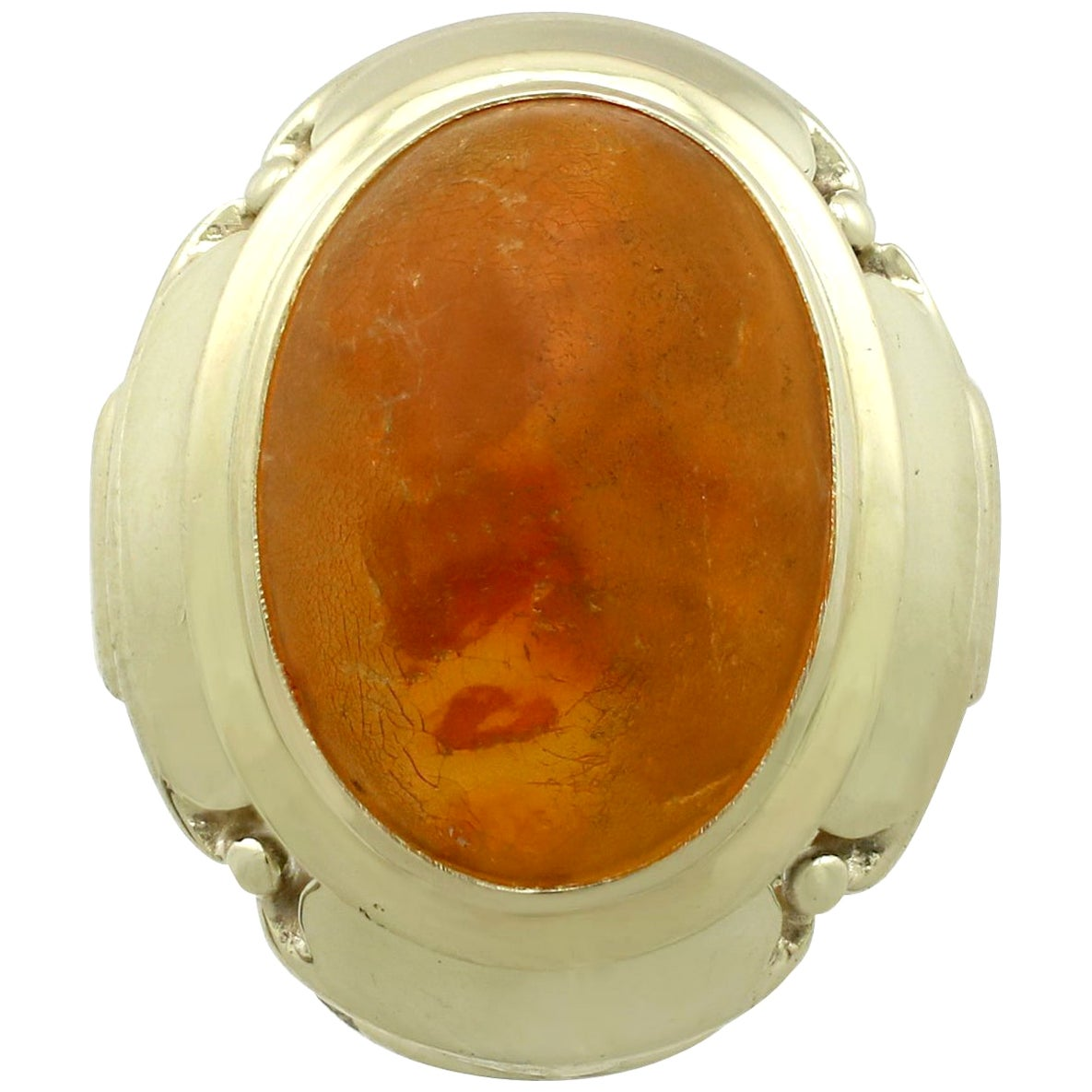 Vintage 1940s 4.61 Carat Amber and Yellow Gold Cocktail Ring