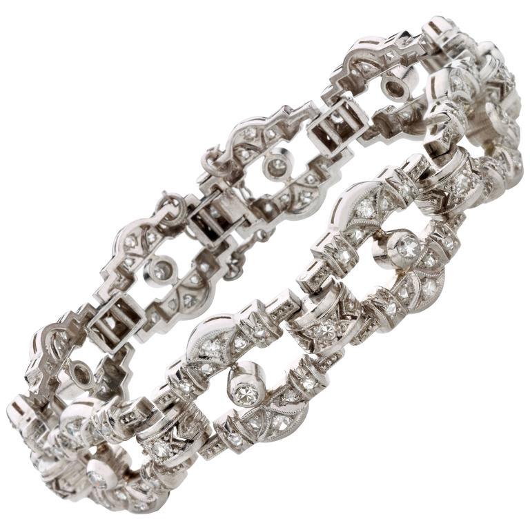 Past Era Art Deco Openwork Diamond Platinum Link Bracelet