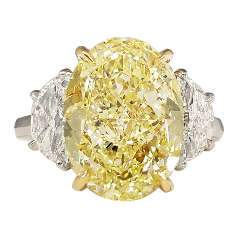 Scarselli Engagement Ring 7 Carat Fancy Yellow Oval Diamond GIA Certified