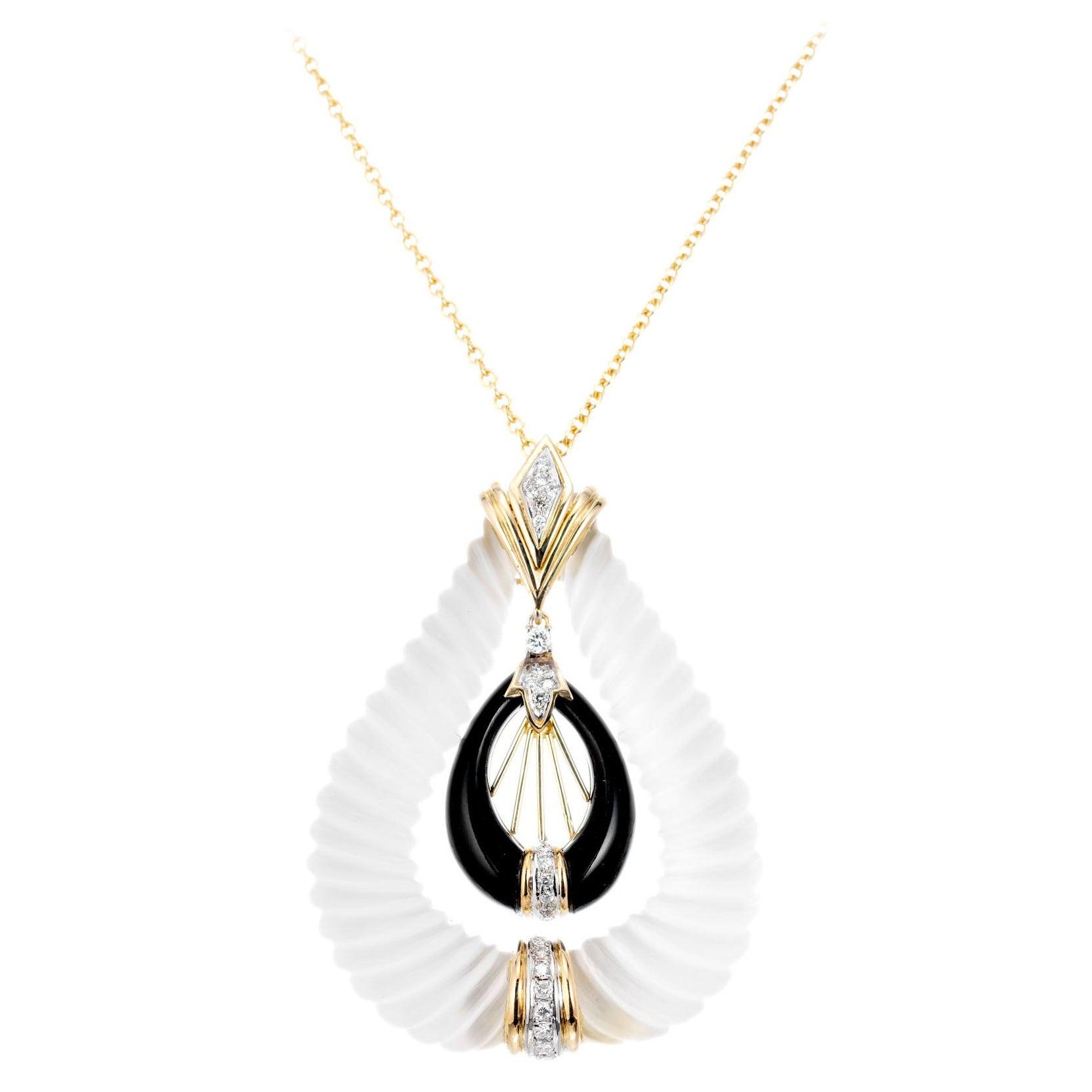 .40 Carat Diamond Quartz Onyx Yellow Gold Pendant Necklace
