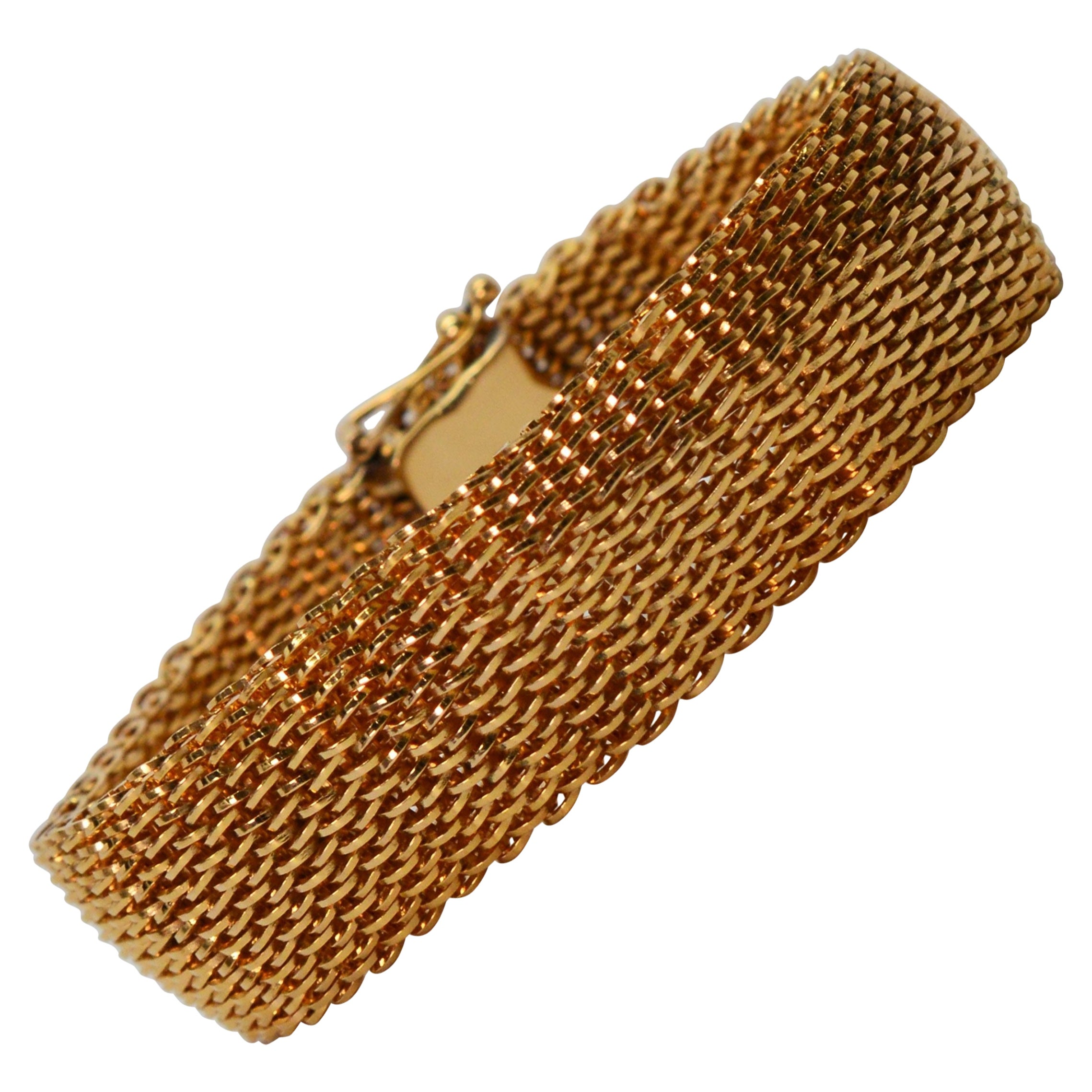 Fine 18 Karat Yellow Gold Mesh Retro Bracelet
