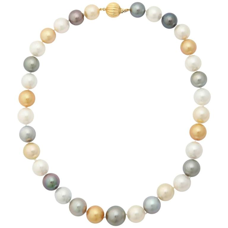 South Sea, Tahitian and Golden Pearl Necklace 1
