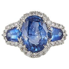 Unique 6.50 Carat Sapphire and Diamond Ring