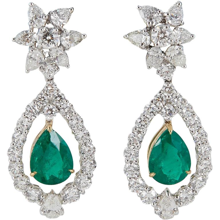 Classic Colombian Emerald  Diamond Drop Earrings