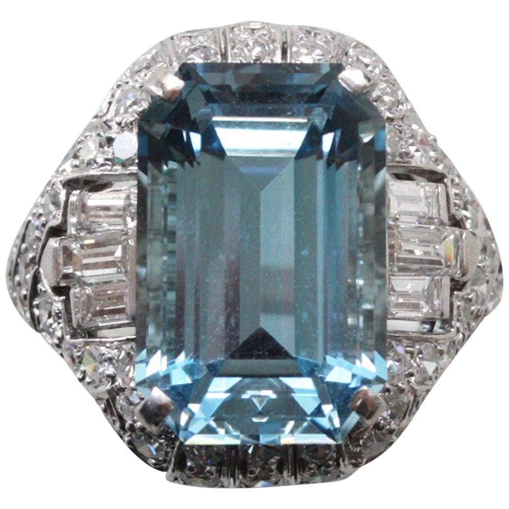 Art Deco Platinum Ring with Aquamarine and Diamonds