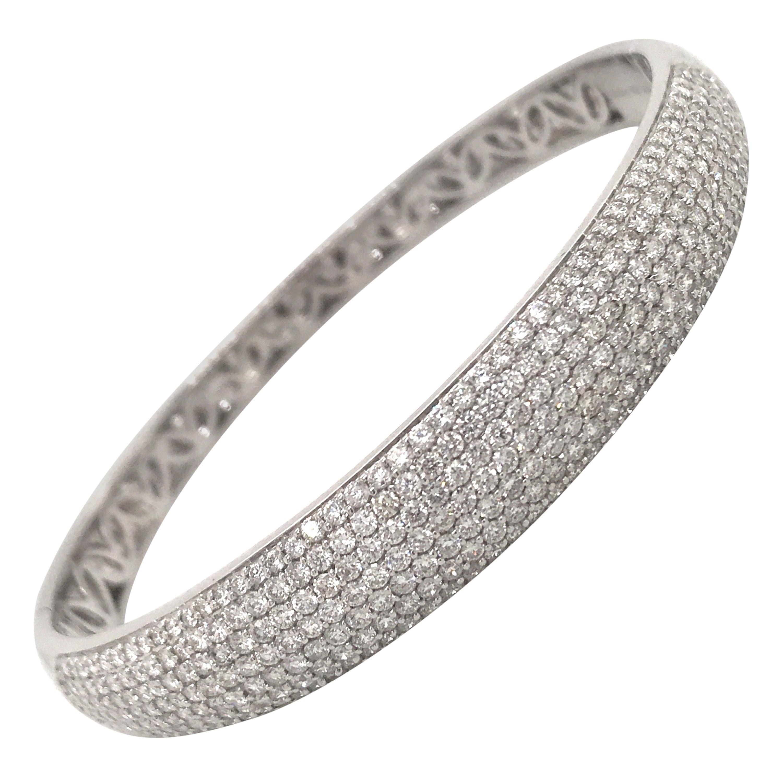 Seven-Row Diamond Bangel Bracelet 3.75 Carat 18 Karat White Gold