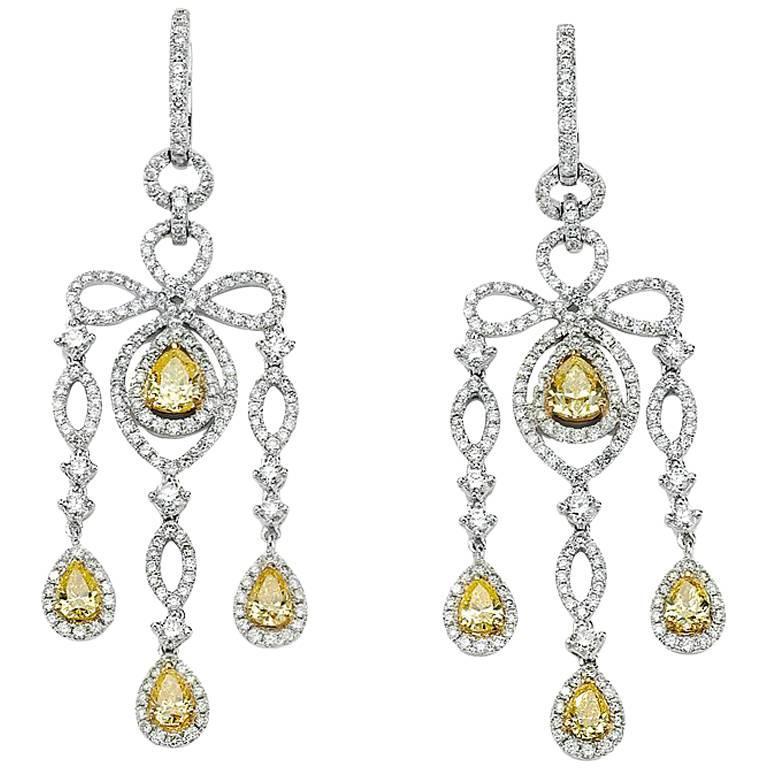 David Rosenberg 18kt White Gold White & Yellow Diamond Pear Chandelier Earrings
