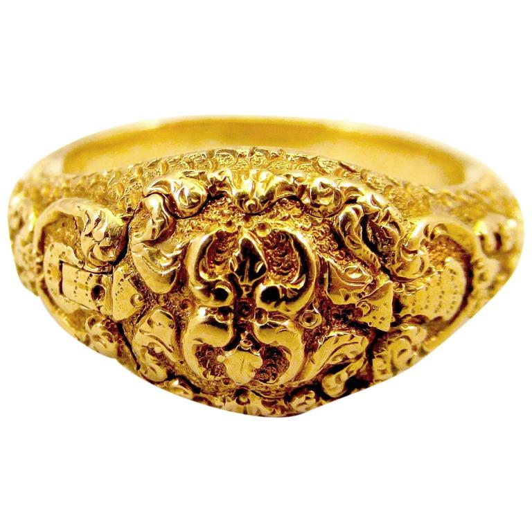 Antique Gold Memorial Ring Caroline of Brunswick Wife of George IV For Sale