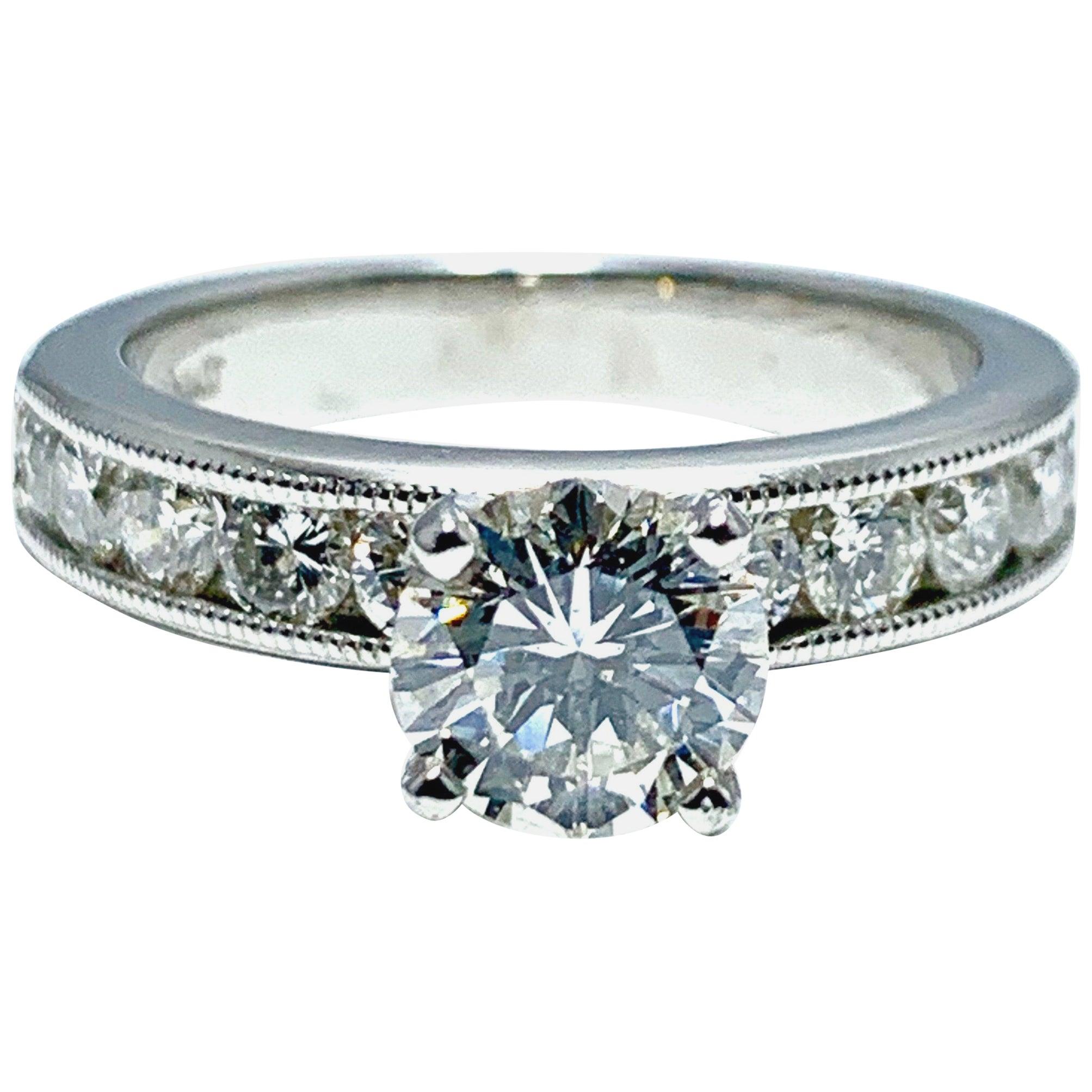 1.01 Carat Round Brilliant Cut Diamond and Platinum Engagement Ring