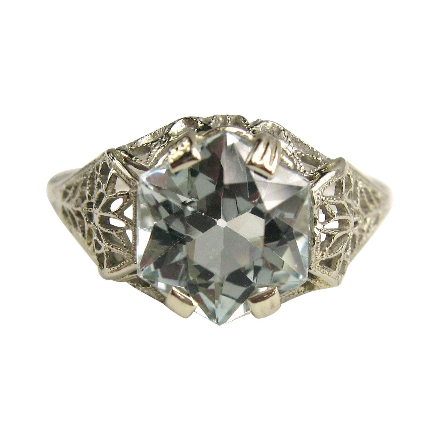 14 Karat Aquamarine Ring Art Deco European Cut, 1920s