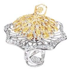 18 Karat Gold 3.61 Carat Diamonds Yellow Sapphires Spinning Cocktail Ring