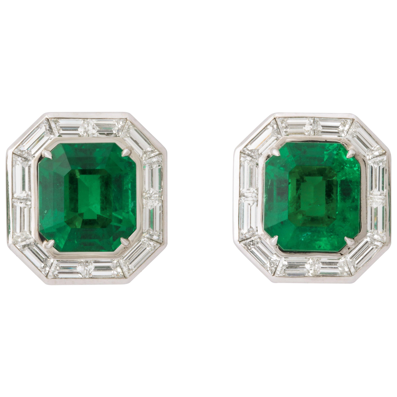 Important Colombian Emerald Diamond Earrings