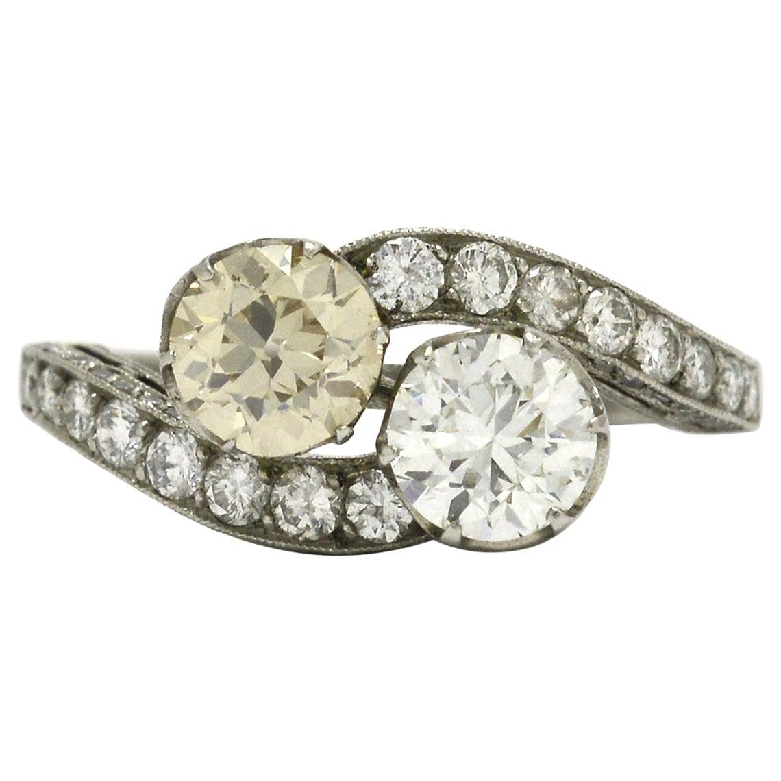 Vintage 2-Stone Engagement Ring Toi et Moi Old Mine Cut Antique Diamonds Bridal
