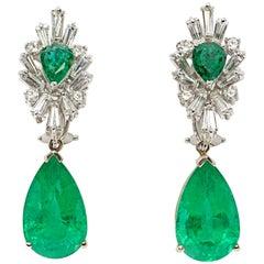 Pair of Emerald Gemstone Diamond Gold Dangle Earrings